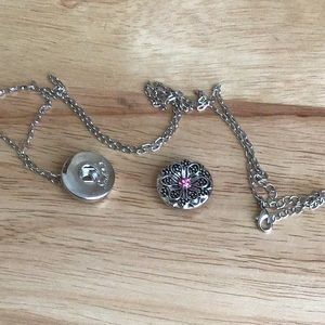 NWOT Gingersnap Single Snap Necklace